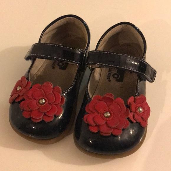 See Kai Run  Navy Paten Mary Janes w  Red Flowers.  M 5a73c6262ae12fda89f6ead5 eb9a60dfa773